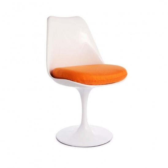 chaise tulipe Blanche orange