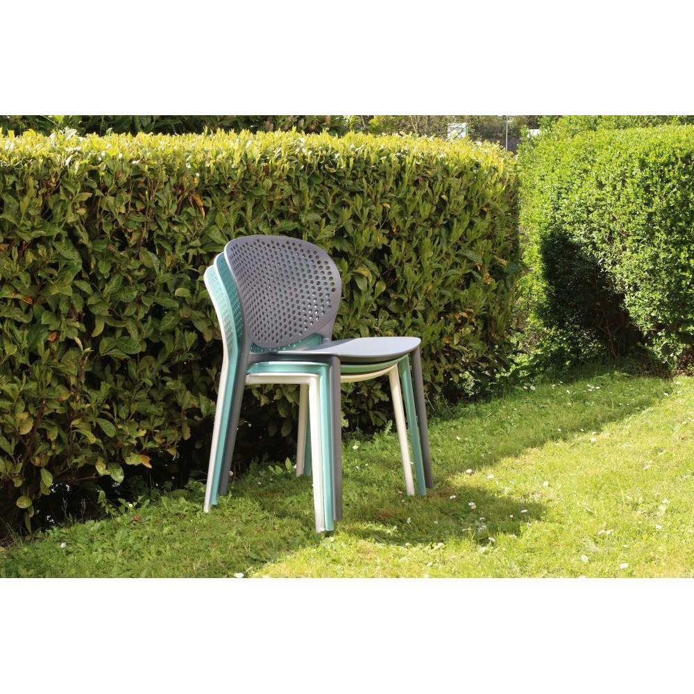 chaise pongo