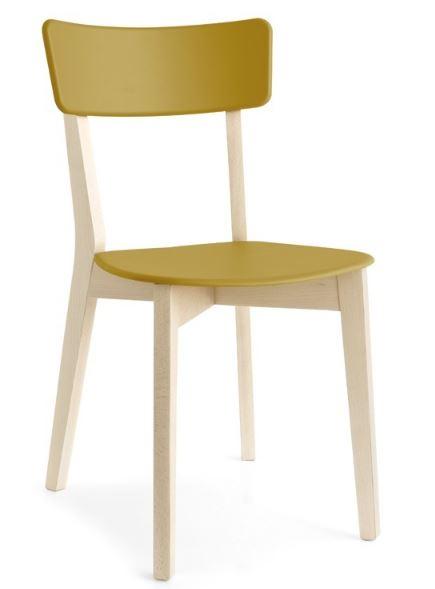 Chaise en bois contemporaine