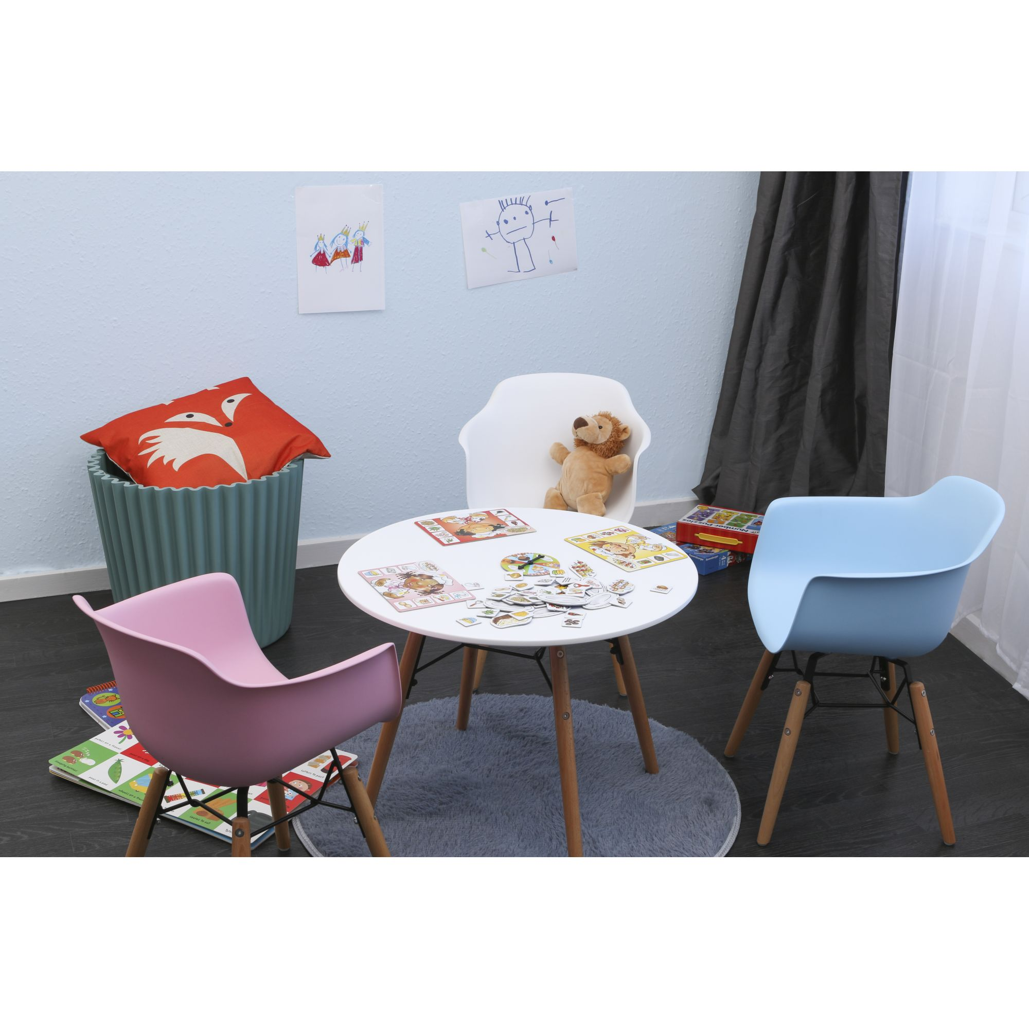 Chaise scandinave enfant