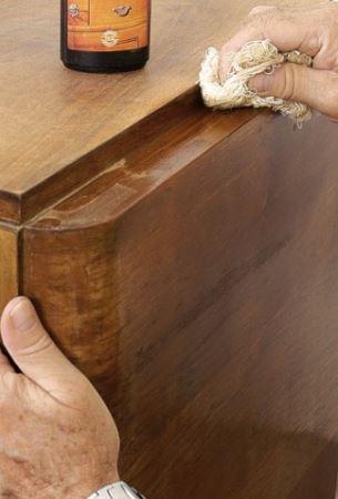 Entretien de la chaise en bois